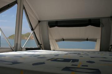 Tente de toit James Baroud modèle NOMAD 160 Evolution à Biganos Proche du bassin d'Arcachon