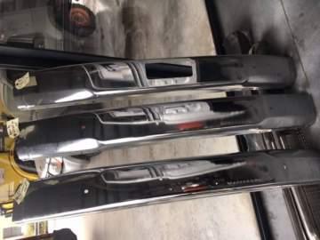 Vente de lames de pare choc chromé d'occasion pour Toyota KZJ70/73 ou LJ 70/73 à Biganos proche de Bordeaux