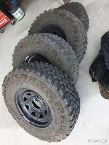 Vente de 4 roues complètes neuve Toyo pour véhicule 4x4 sur le Bassin d'Arcachon à Biganos
